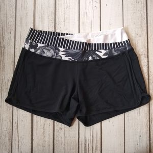 Lululemon Astro Black White Shorts - Size 10